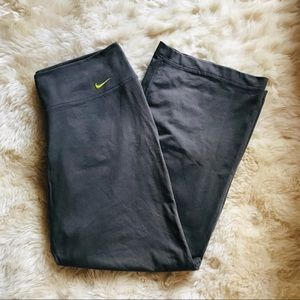 Nike Wide Leg Sweatpants Size M